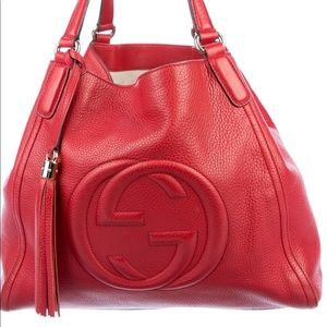 Pre owned Gucci bag in good condition.